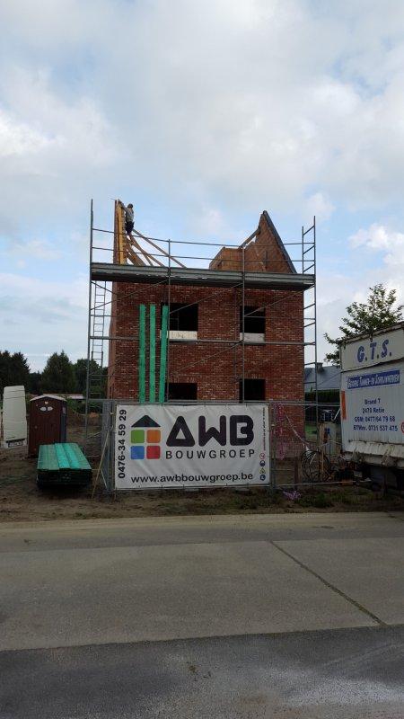Halfopen bebouwing te westerlo awb bouwgroep for Le divan 09 02 16